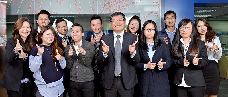 金龍永盛旅行社團體旅遊團隊充滿朝氣與活力